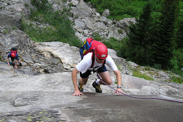 Multi-Pitch Climbing – Level I